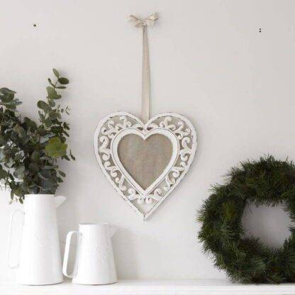 Heart shaped photo frame / picture frame