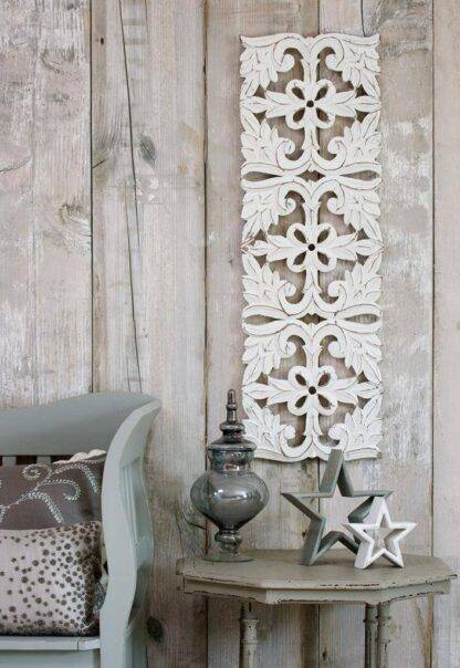 Long white wall panel - wooden panels