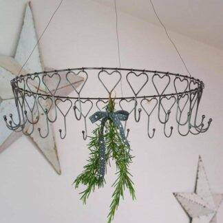 Metal Hanging Heart Rack